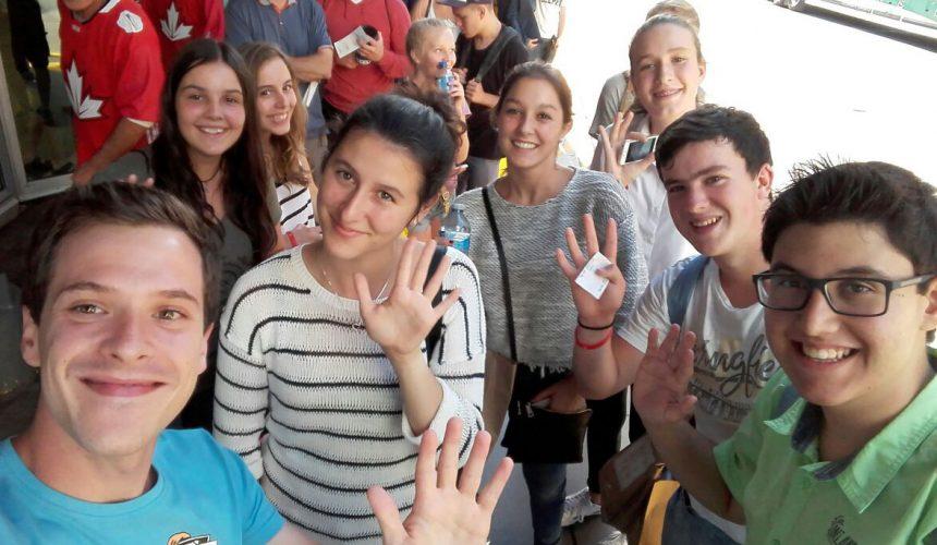 Jóvenes y adolescentes